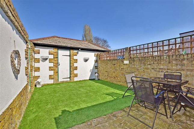 Thumbnail End terrace house for sale in Collingwood Road, Sutton, Surrey