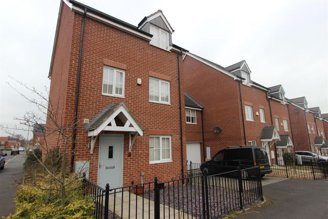 Thumbnail Property to rent in Glaisdale Court, Darlington