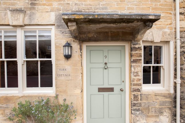 Thumbnail Semi-detached house to rent in Witney Street, Burford, Oxfordshire
