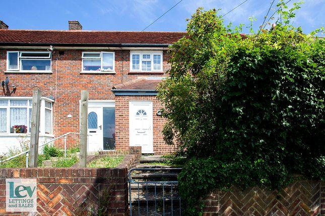 Thumbnail Terraced house to rent in Gateshead Rd, Borehamwood