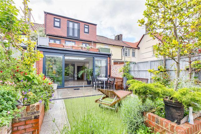 Garden of Stillingfleet Road, London SW13