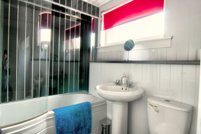 3 bed flat for sale in Walkinshaw Street, Glasgow G40 - Zoopla