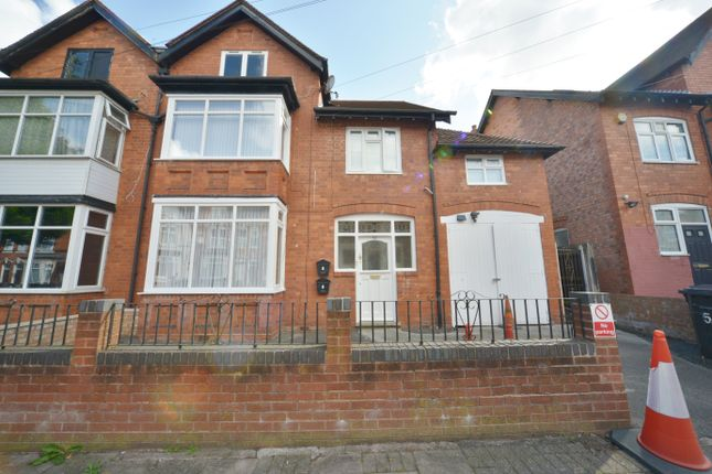 2 bed flat to rent in Whitehall Road, Handsworth, Birmingham