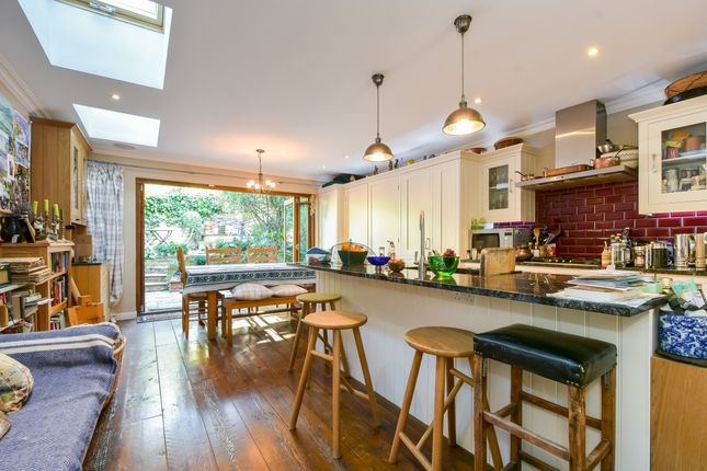 Thumbnail Terraced house to rent in Spencer Rise, London