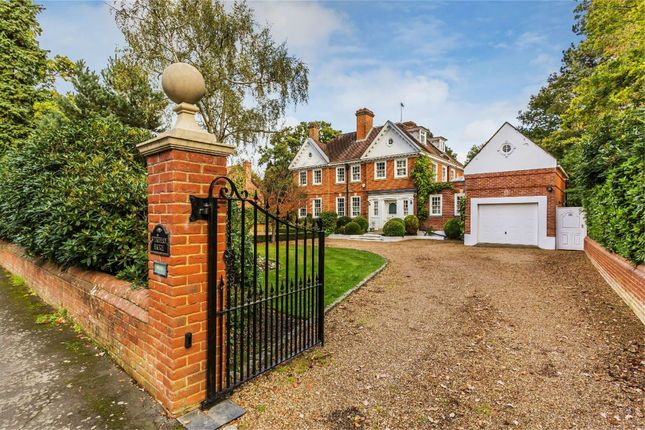 Thumbnail Semi-detached house for sale in Dartnell Park Road, West Byfleet