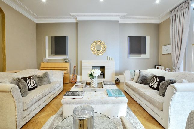 Thumbnail Property to rent in Warwick Avenue, London