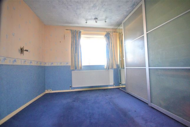 Gallery of Longhayes Court, Chadwell Heath, Romford RM6