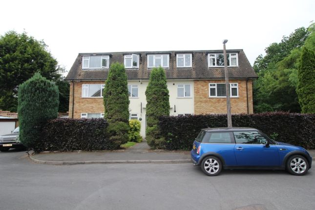 2 bed flat to rent in Hunscote Close, Shirley, Solihull B90