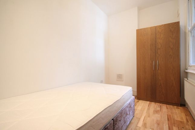 Bedroom2 of College Place, Camden Town NW1