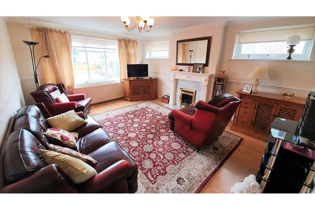Living Room of London Road, Clacton-On-Sea CO15