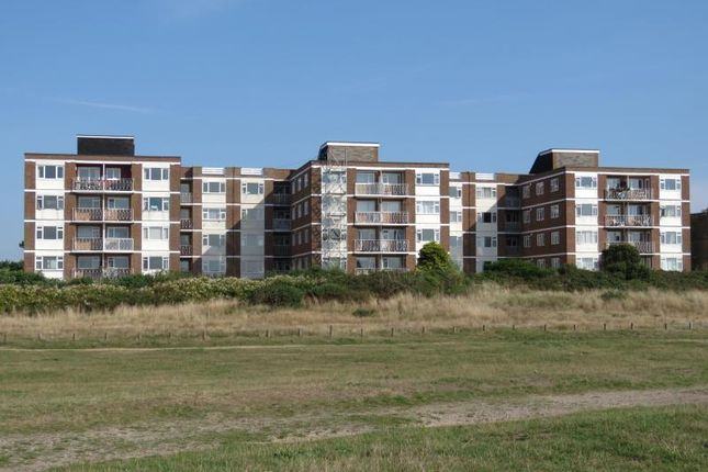 Thumbnail Flat for sale in Sea Front, Hayling Island