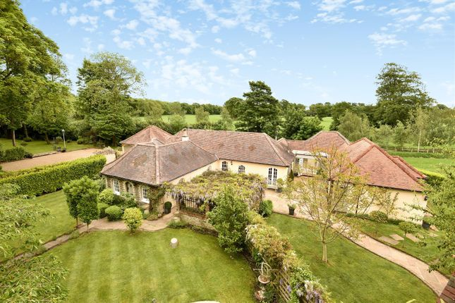 Thumbnail Property for sale in Oakwood, Chichester