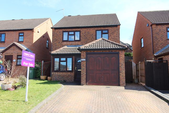Thumbnail Detached house for sale in Duxford Close, Redditch