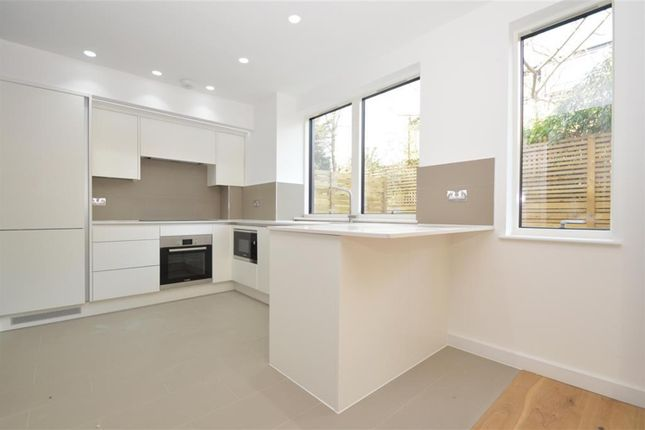 Thumbnail Maisonette for sale in Andre Street, Hackney