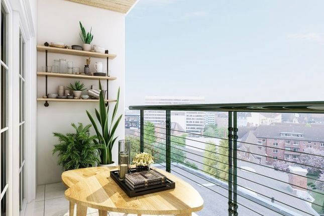1 bed flat for sale in Waterside Apartments, Minshull St, Manchester M1