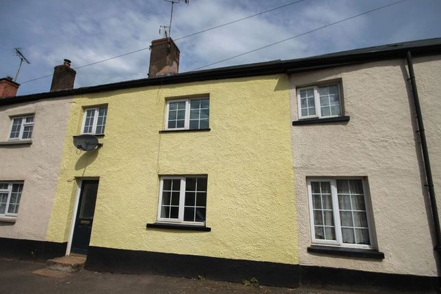 2 bed terraced house to rent in Bow, Crediton