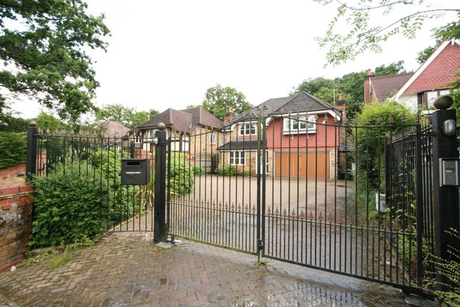 Thumbnail Property to rent in Northgate, Northwood