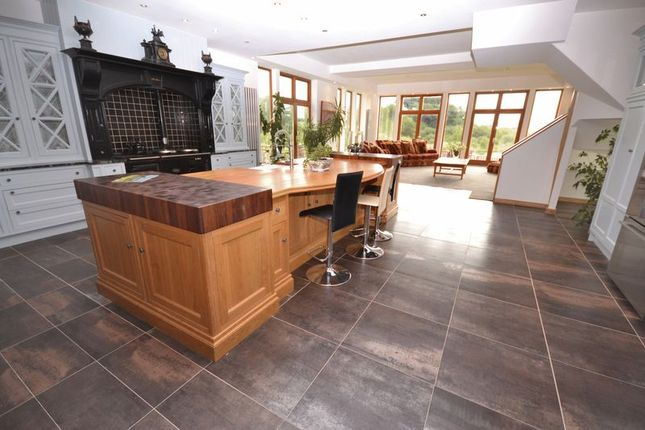 Thumbnail Semi-detached house for sale in Strathaven