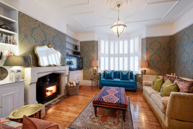 Thumbnail Terraced house to rent in Longbeach Road, London