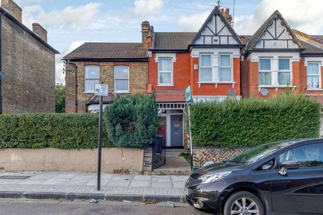 2 bed flat for sale in Newnham Road, London N22