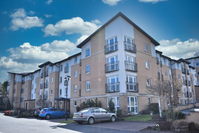 Thumbnail Flat for sale in Adains Brae, Flat 28, Clarkston, Glasgow