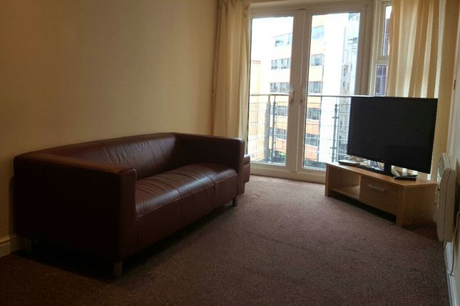 2 bed flat to rent in The Bar, St. James Gate, Newcastle Upon Tyne