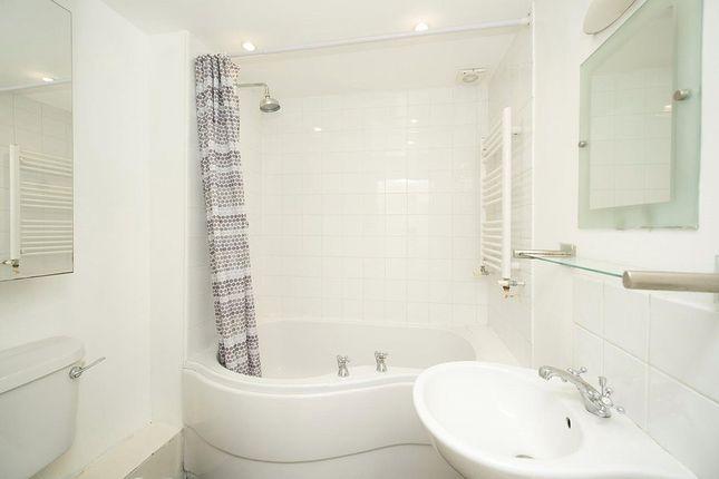 Bathroom of Primrose Gardens, Belsize Park, London NW3