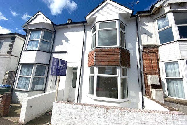 Flat for sale in Earls Road, Southampton, Hampshire