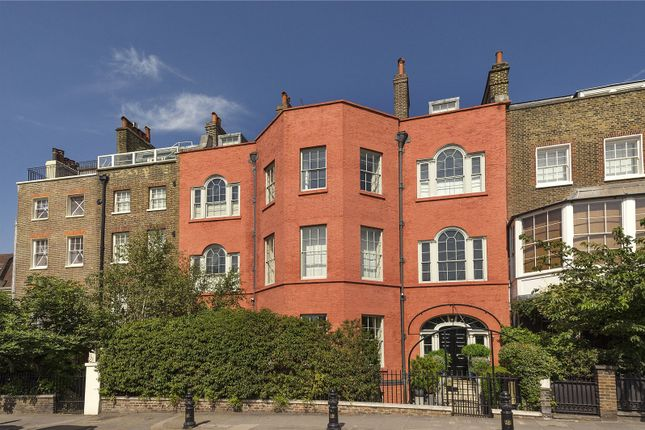 Thumbnail 4 bed terraced house for sale in Cheyne Walk, Chelsea, London