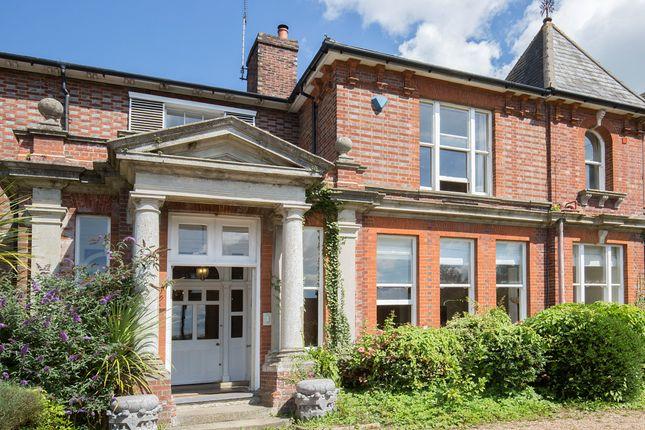 Thumbnail Terraced house for sale in Tonbridge Road, Wateringbury, Maidstone