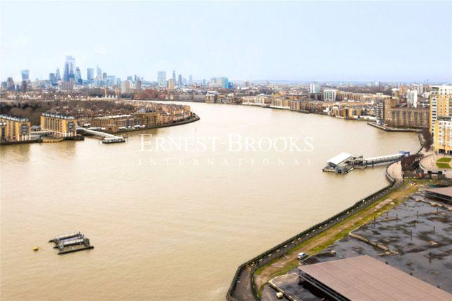 Thumbnail Flat to rent in Landmark Pinnacle, Canary Wharf