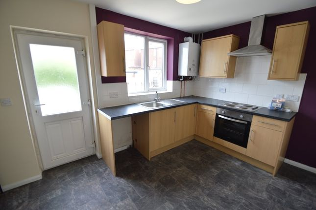2 bed property to rent in Altofts Road, Normanton WF6