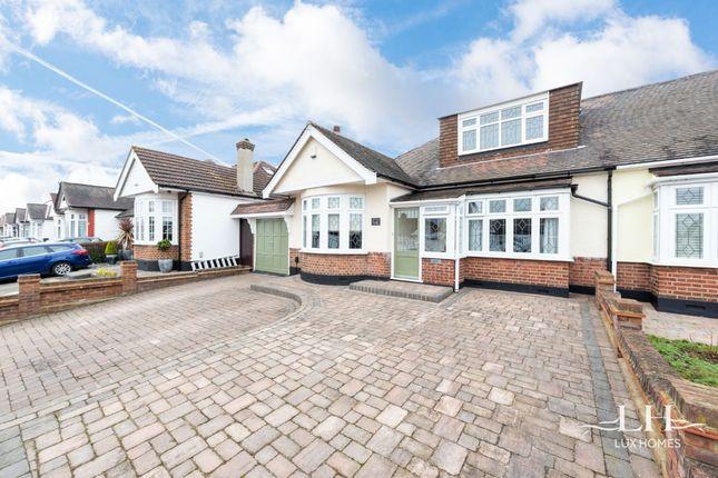 Thumbnail Bungalow for sale in Ravenscourt Drive, Hornchurch