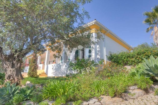 4 bed villa for sale in Sao Bras De Alportel, São Brás De Alportel, São Brás De Alportel Algarve