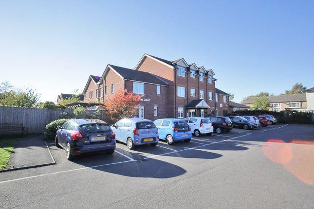 Thumbnail Flat for sale in Hamilton Court, Leighton Buzzard, Bedfordshire