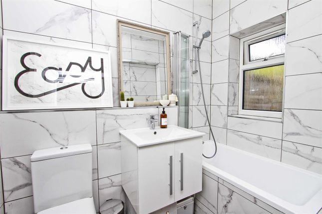 Family Bathroom of Pinner Road, Pinner HA5