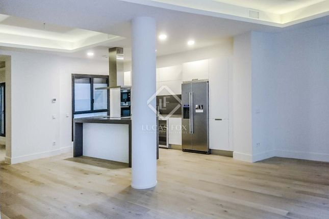 Thumbnail Apartment for sale in Spain, Madrid, Madrid City, Salamanca, Recoletos, Mad4270