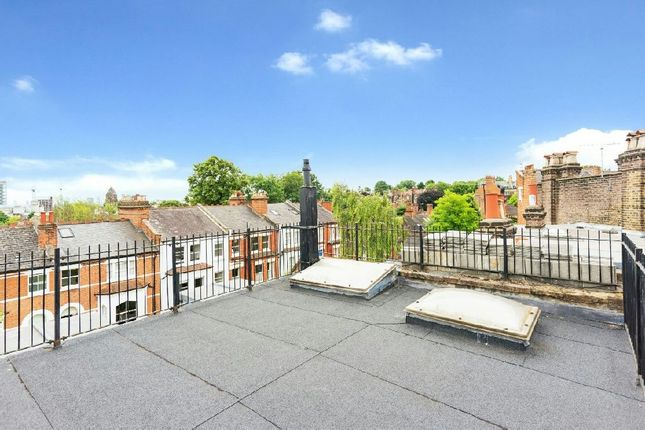Roof Terrace of Pilgrims Lane, Hampstead Village NW3