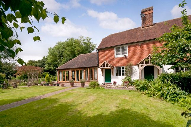 Thumbnail Detached house for sale in Sutton Valence Hill, Sutton Valence, Maidstone