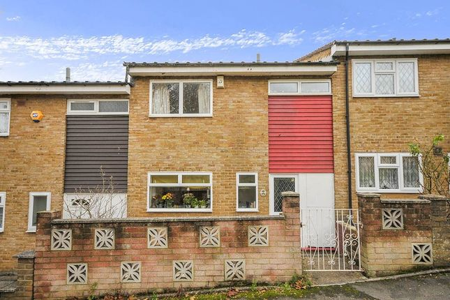 Thumbnail Terraced house for sale in Dargate Close, London