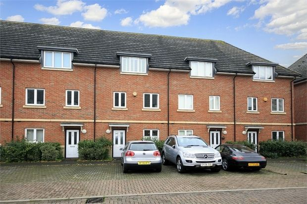 Thumbnail Town house for sale in Academy Place, Isleworth, Middlesex