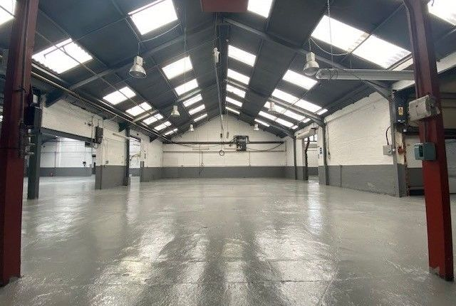 Thumbnail Warehouse to let in Roebuck Road, Hainault Business Park, Ilford