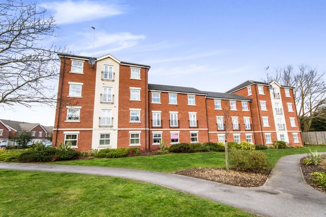 Thumbnail Flat for sale in Porter Square, Grantham