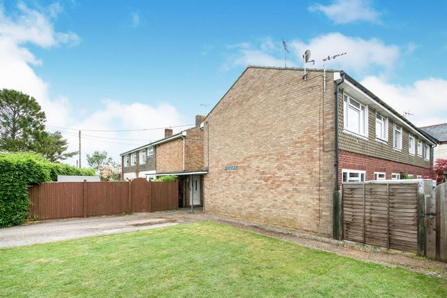 Thumbnail Maisonette for sale in Graspan Road, Faberstown, Andover