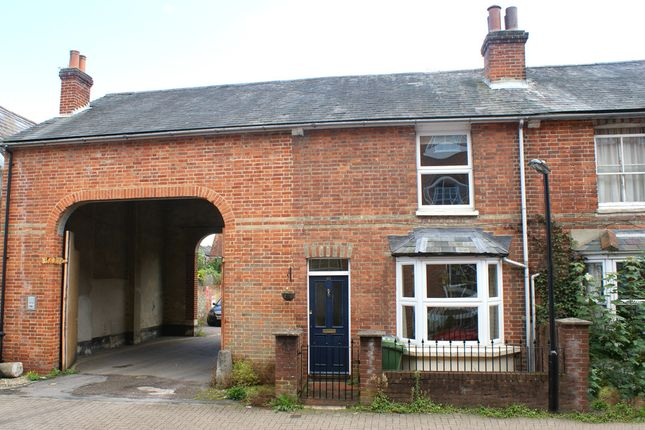Thumbnail End terrace house to rent in Parchment Street, Winchester