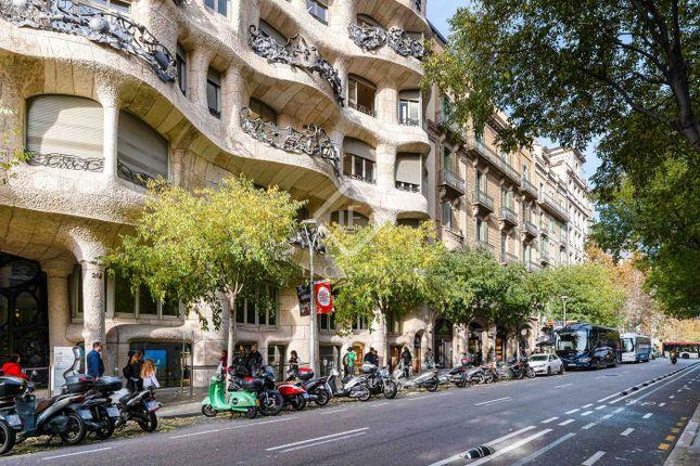 Thumbnail Apartment for sale in Spain, Barcelona, Barcelona City, Eixample Left, Bcn21074