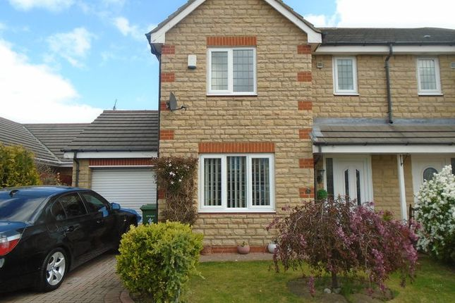 Thumbnail Semi-detached house to rent in Humford Green, Blyth