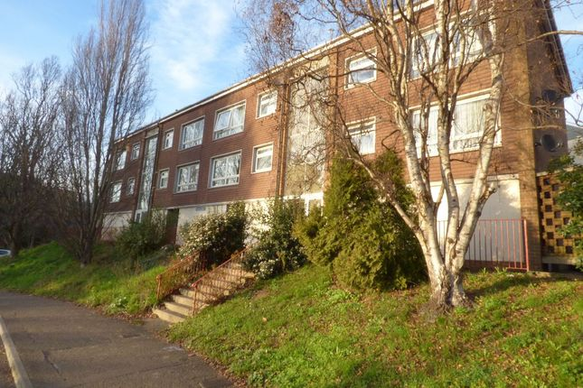 Thumbnail Flat to rent in Western Way, Exeter