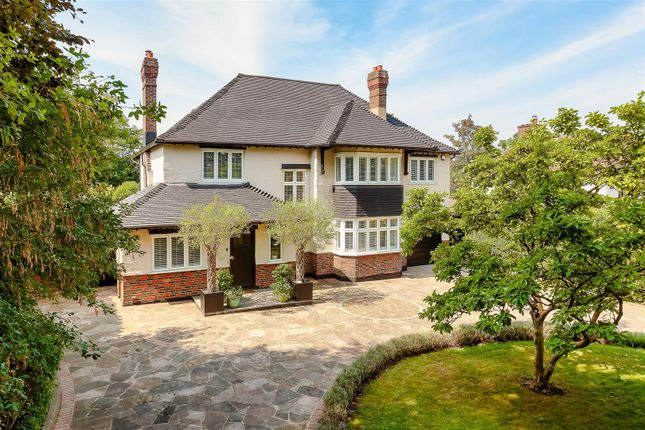 Thumbnail Detached house for sale in The Highway, Sutton
