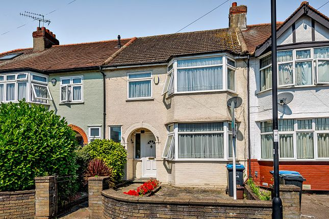 3 bed terraced house for sale in Munster Gardens, London N13